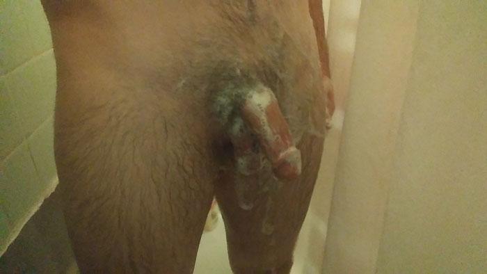 Bite normale sous la douche
